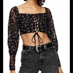🌴 TOPSHOP DITSY LACE UP CROP TOP NWOT